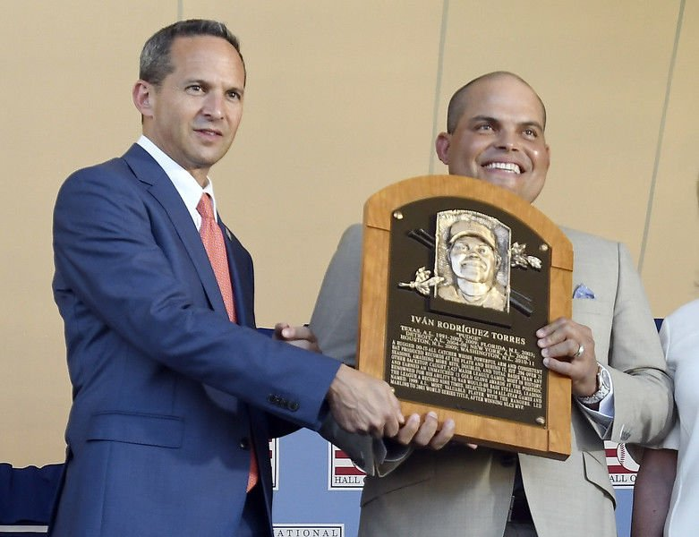 Baseball Hall of Fame ceremony an emotional time for inductees