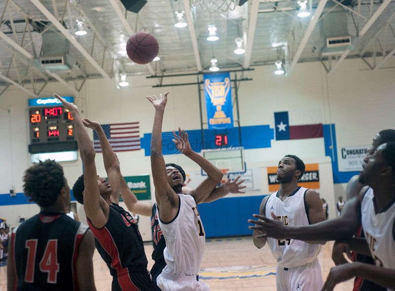 Tyler opens tourney with 90-76 victory over Lee