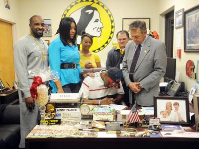 TJC receiver Chappelle signs with Mississippi State
