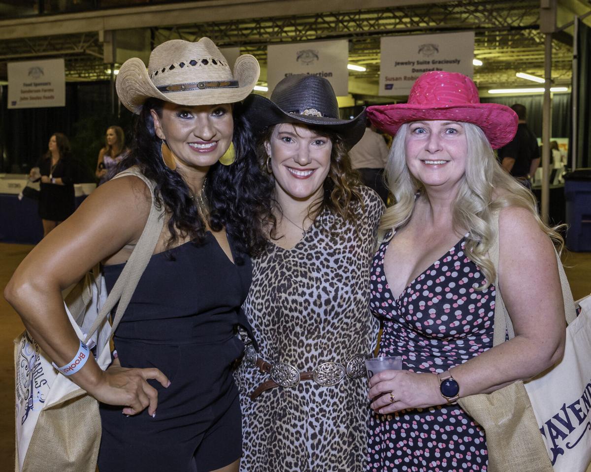 Cattle Baron's Gala 202133.jpg