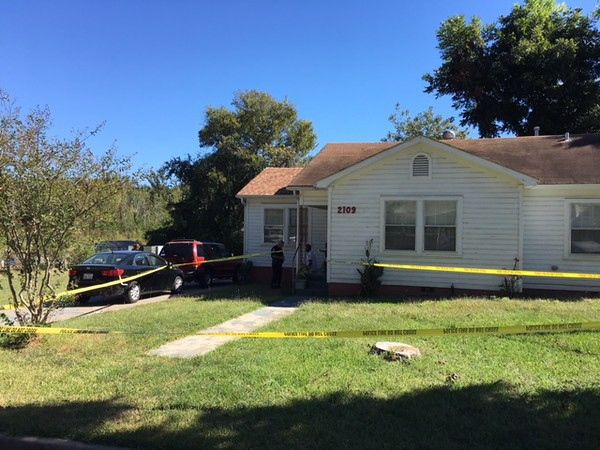 Tyler police investigating stabbing