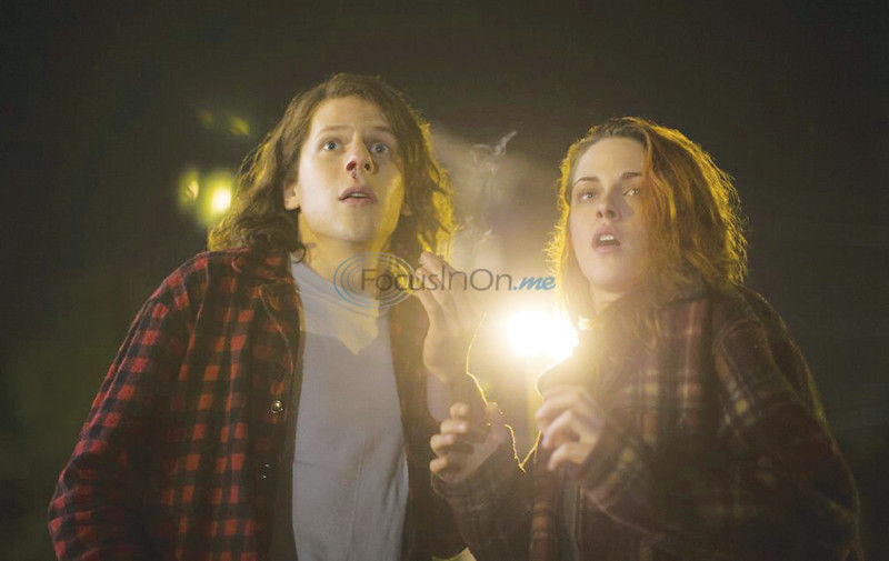 'American Ultra' stars: 'We threw ourselves into it'