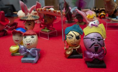 The Egg-celent art of Nell Burnett and Carolyn Rozell capture the characters we love the most