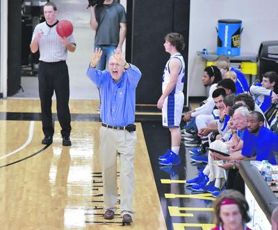 """HICKS: The """"Dean"""" of East Texas basketball, Loper, retiring after 50 years"""