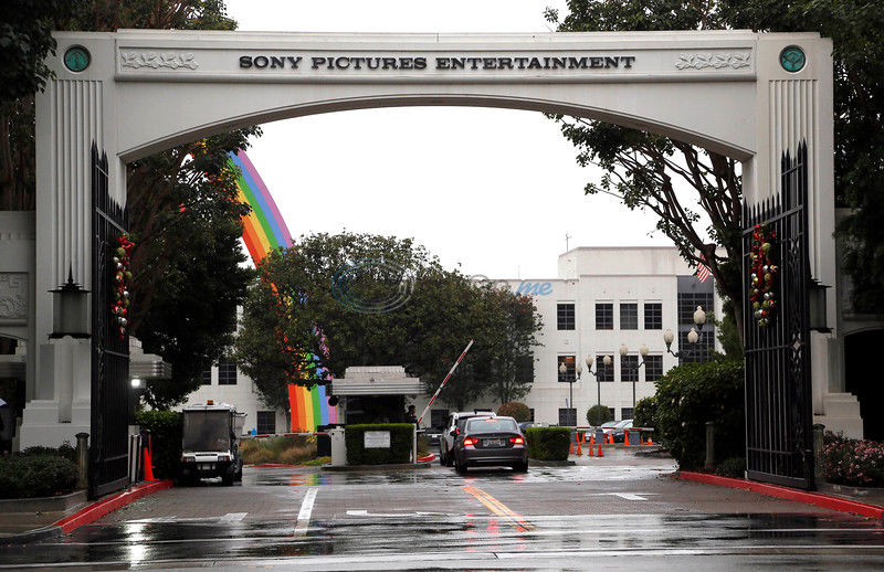 Sony hackers refer to 9/11 in theater threats