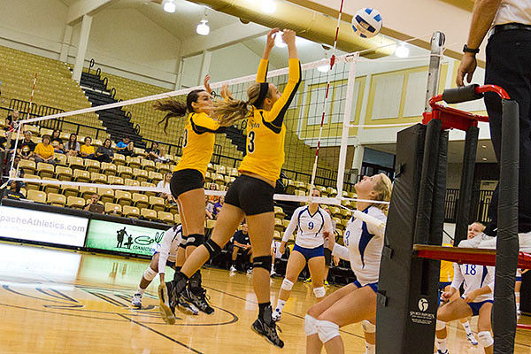 Apache Ladies sweep two matches