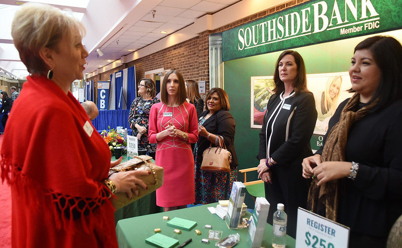 2017 B2B Expo brings local business owners together