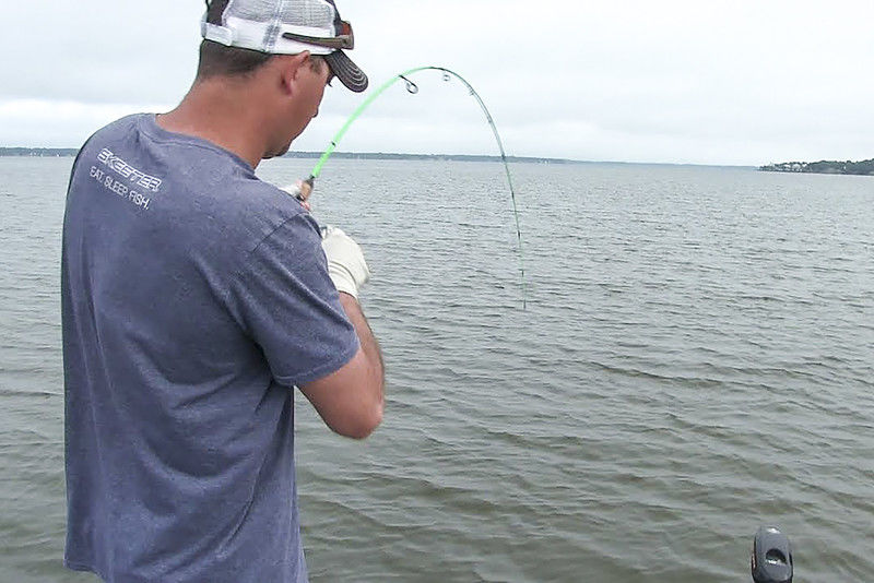 Guide uses high-tech gadgets for old school crappie