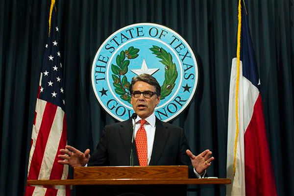 Texas Gov. Perry says indictment is abuse of power