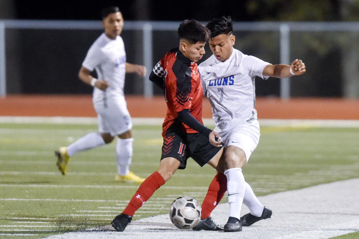 Tyler Lee places three on District 11-6A soccer first team