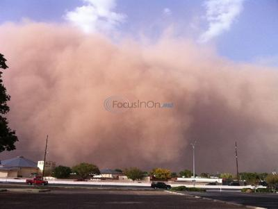 West Texas gets 1,000-foot wall of dust with cold front