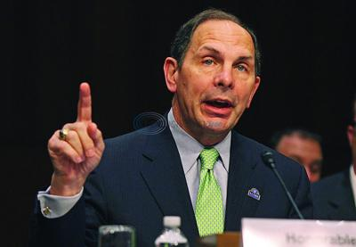 VA says it will relax 40-mile private medical care rule