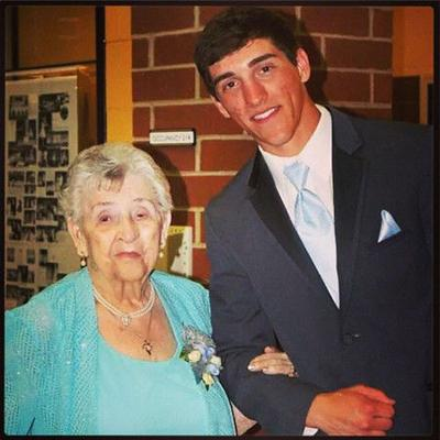 VIDEO/Rockford, Ohio: Teen takes great-grandmother to prom