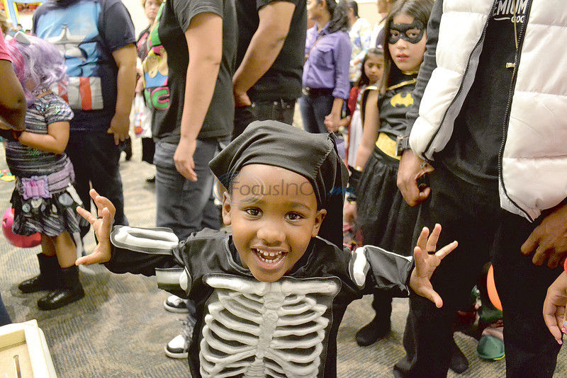 Ghouls & Boos: Kids, parents turn out for Halloween events