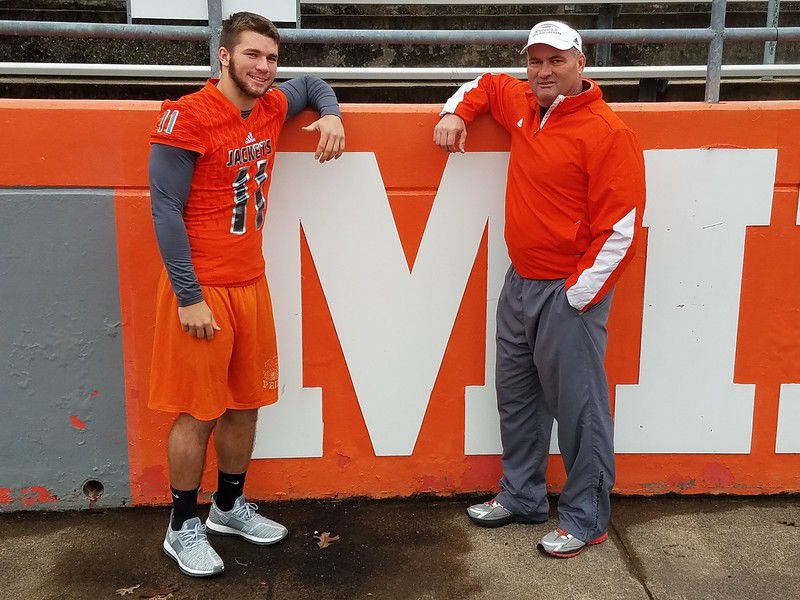 Drennon Duo: Father-son team has Mineola back in state semifinals