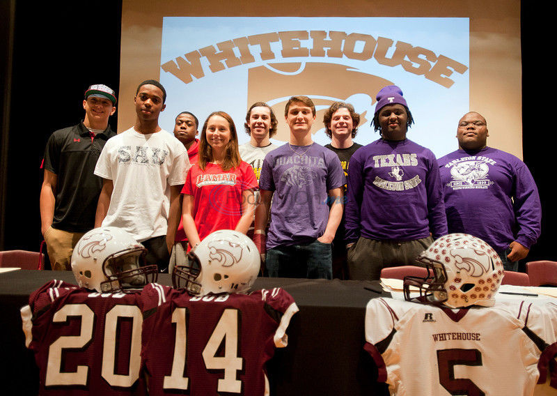 Tech-bound Mahomes leads big class at Whitehouse