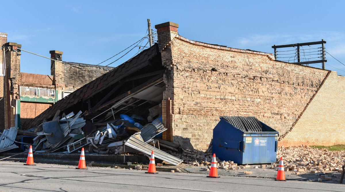 10072020_tmt_news_rusk_building_collapse_4.jpg