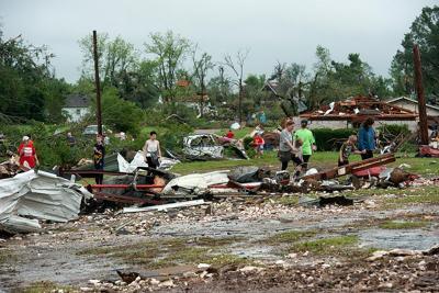 Van tornado was 700 yards wide