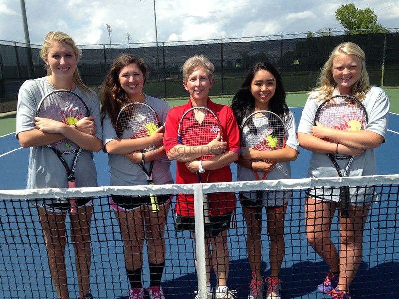 Doubling Up — Two Van doubles teams heading to state