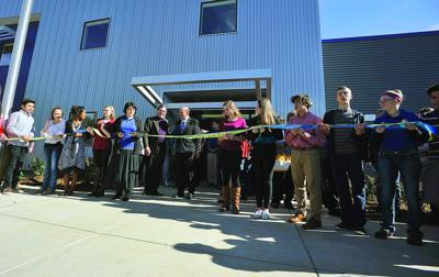 Cumberland Academy hosts formal ribbon cutting