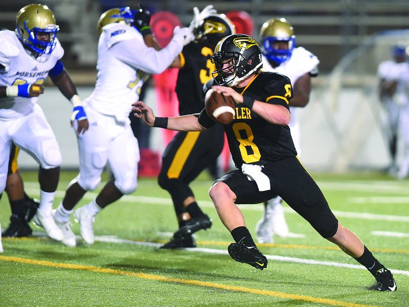 Quarterback McLane Carter at the helm of high-powered Tyler Junior College offense
