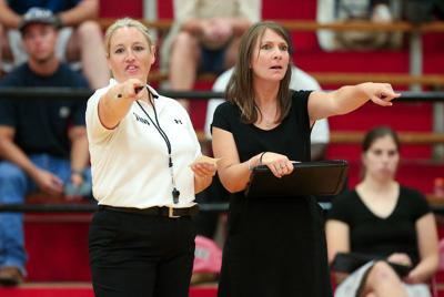Shirley resigns as Robert E. Lee head volleyball coach, going back to college ranks at Navarro