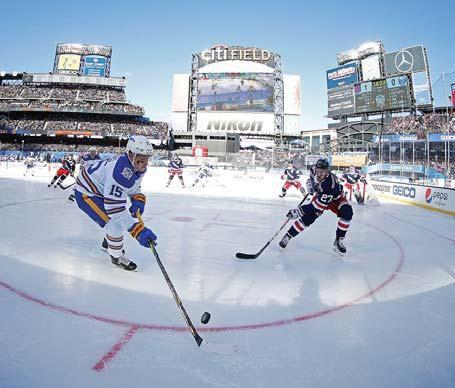 Rangers top Sabres in NHL Winter Classic