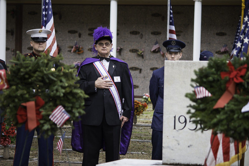 East Texans lay wreaths at the graves of veterans during Saturday ceremony