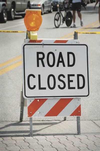 Road closed_stock_traffic