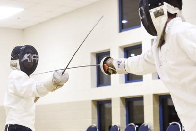 Tyler Fencing Club launches with classes at Glass Recreation Center, paving the way to big dreams for students