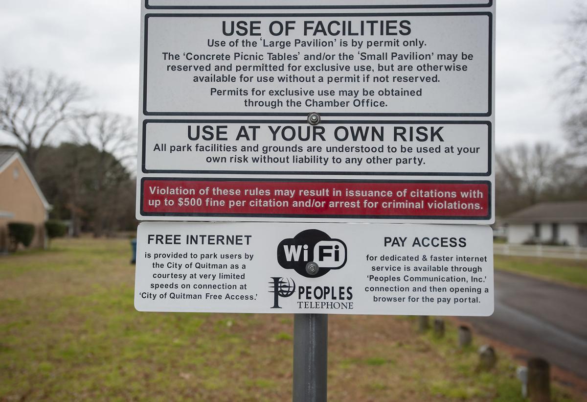 Still Buffering: People's deployed a $36 million fiber
