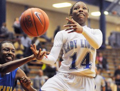 Lady Lions win big on Senior Night