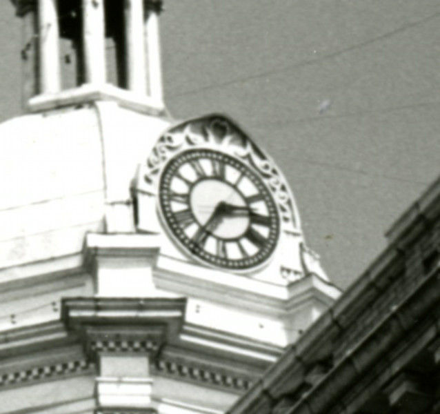 Old courthouse clock returns to downtown