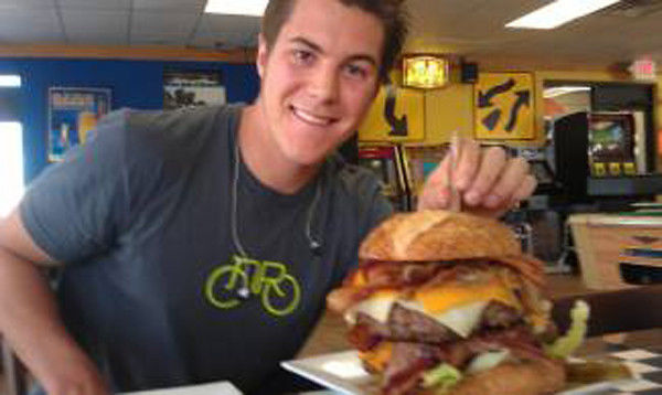 Wis. college student helps pay tuition by eating