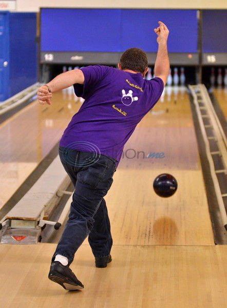 YES! Story: Be 'Bowled'-- 'Blind Squad' bowlers live it up on the lanes