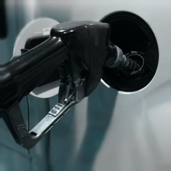 Summer gas prices at lowest since 2009