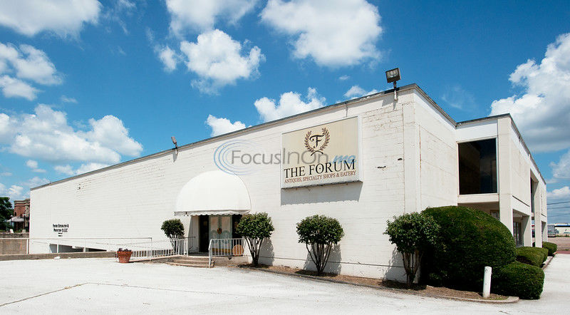 Downtown: Forum building sold to Austin Bank