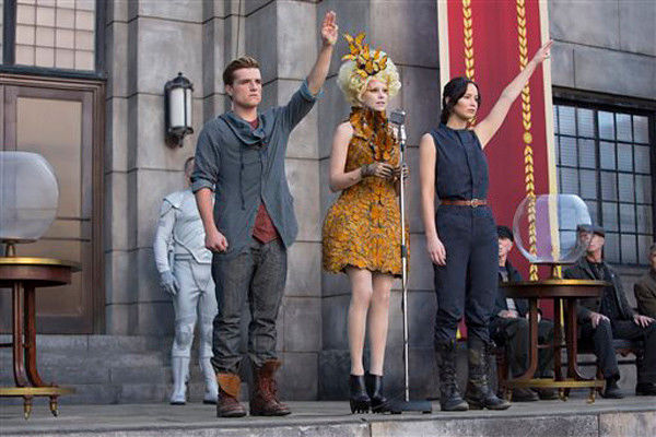'Catching Fire' ablaze with $135M at box office