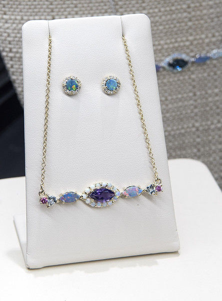 Blue. The House of Jewelry opens in Sonoma Village