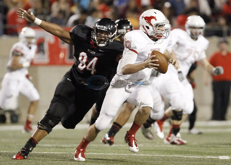 Crash kills Texas A&M freshman lineman, Utah teen