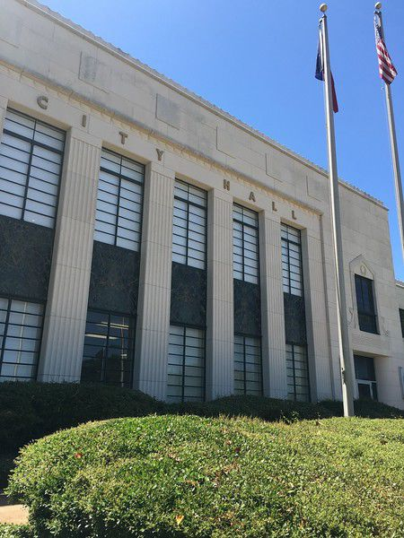 Tyler City Council approves transportation ordinance that would allow Uber, Lyft