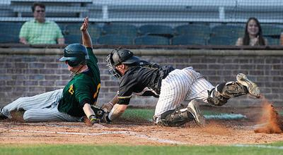 Apaches rally in ninth to beat Brookhaven
