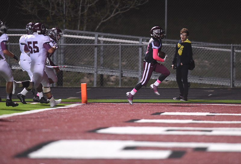 Arp downs Troup