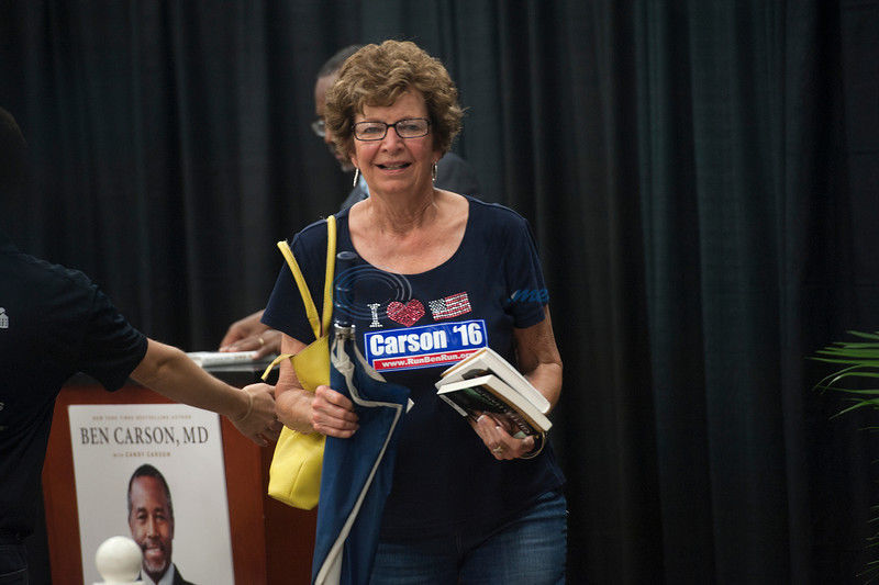 VIDEO: Ben Carson signs new book in Tyler