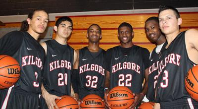 Back in playoffs, Bulldogs looking for banner year