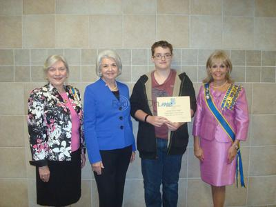 Lindale student honored for historical essay