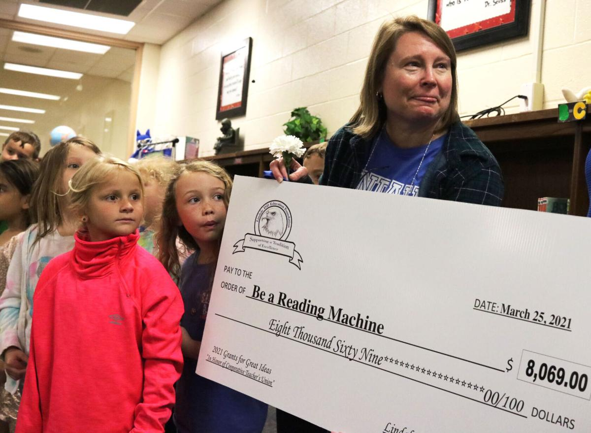 Lindale ISD teachers surprised with grant money