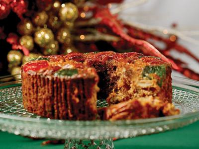 Recipes: Now's the time to start holiday fruitcakes