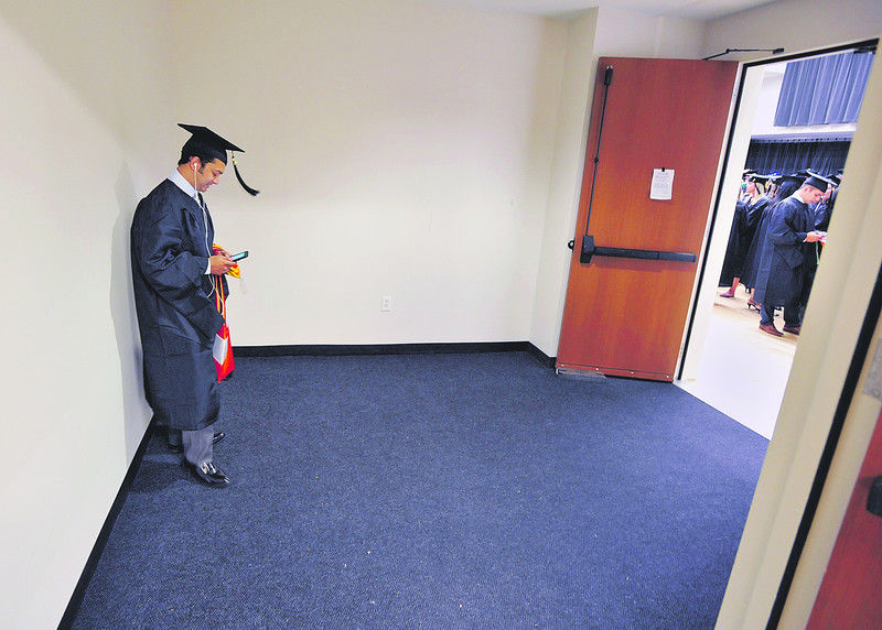UT Tyler to award more than 1,000 degrees in graduation ceremonies across two days; Texas College hosts graduation Saturday