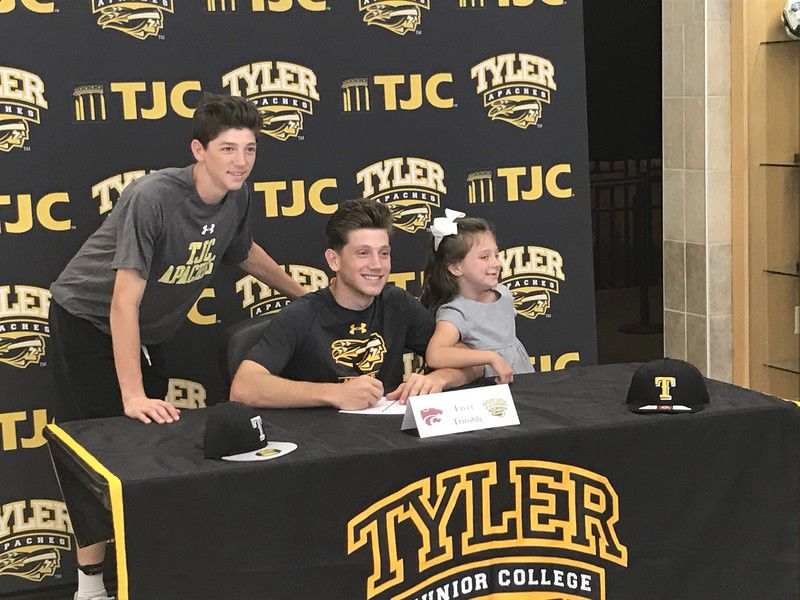 Whitehouse's Trimble signs with TJC